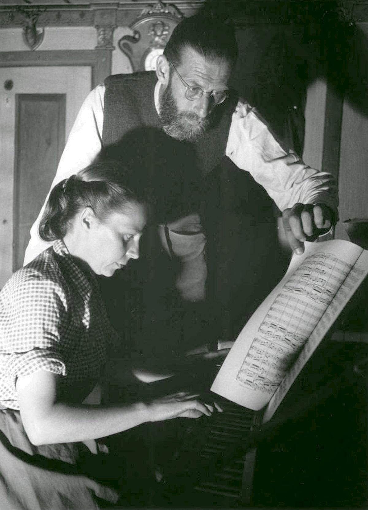 Isolde Ahlgrimm et son époux Erich Fiala en 1954