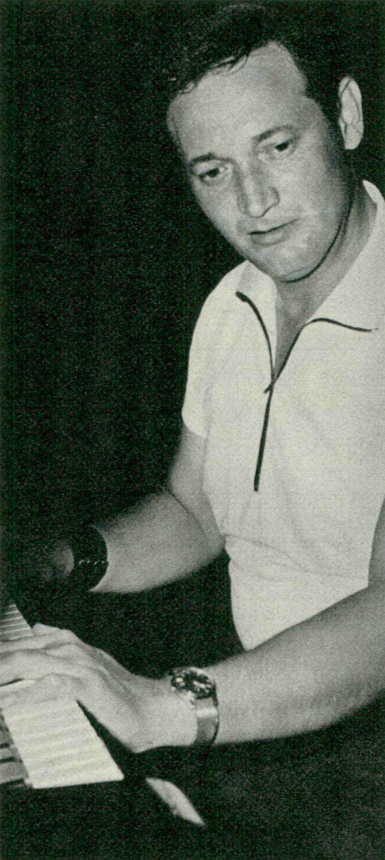 Georges CZIFFRA, un portrait fait par Gertrude FEHR publié entre autres dans la revue Radio TV Je vois tout du 14 août 1969, No 33, page 34, Cliquer sur la photo pour une vue agrandie et quelques infos