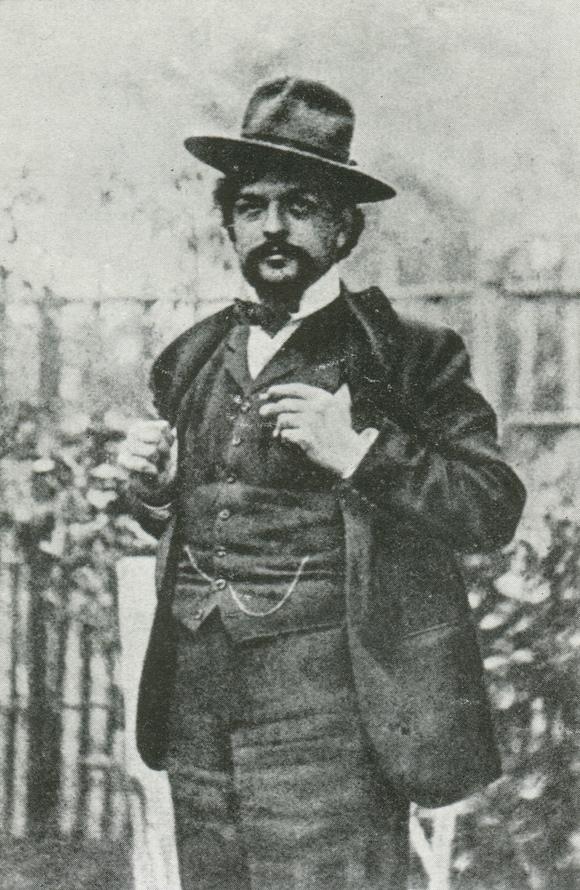 Claude DEBUSSY en 1902, un portrait fait par Nadar - publié notamment dans «DEBUSSY - Documents iconographiques», Pierre CAILLER, éditeur à Genève, 1952