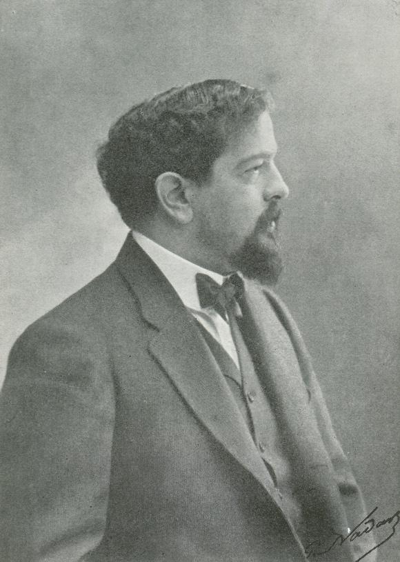 Claude DEBUSSY en 1903, un portrait fait par Nadar - publié notamment dans «DEBUSSY - Documents iconographiques», Pierre CAILLER, éditeur à Genève, 1952