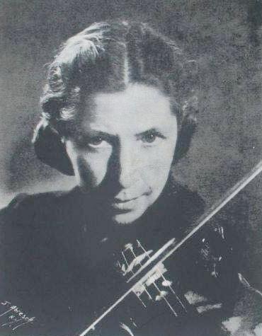 Blanche HONEGGER, un portrait publié entre autres sur la pochette du disque MMR KO8P 1571/72