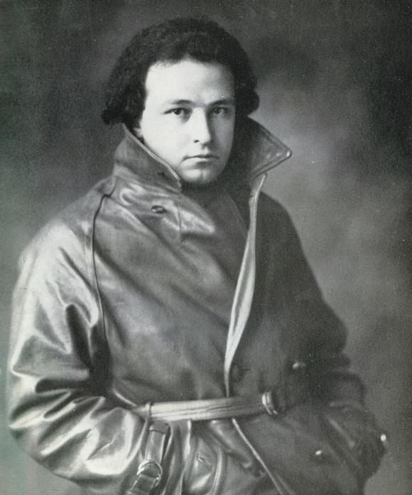 Arthur Honegger en 1928, un portrait fait par Boris Lipnitzki