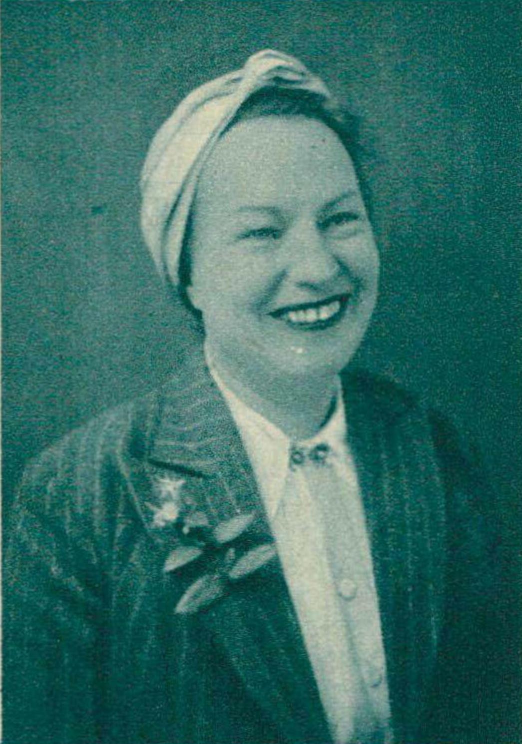 Isabelle NEF, un portrait publié dans la revue Le Radio du 17 octobre 1941 en page 1325, cliquer pour une vue agrandie