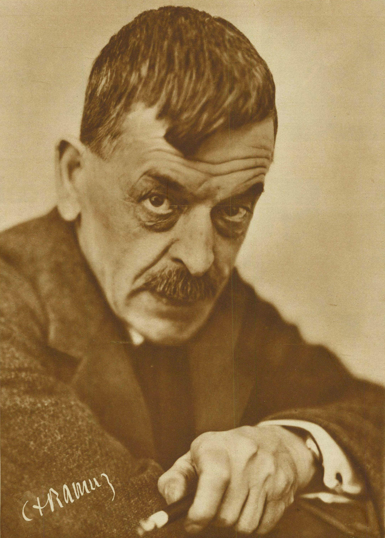 Charles Ferdinand RAMUZ vers 1934, un portrait paru dans la revue Le Radio du 16 novembre 1934, No 606, en couverture