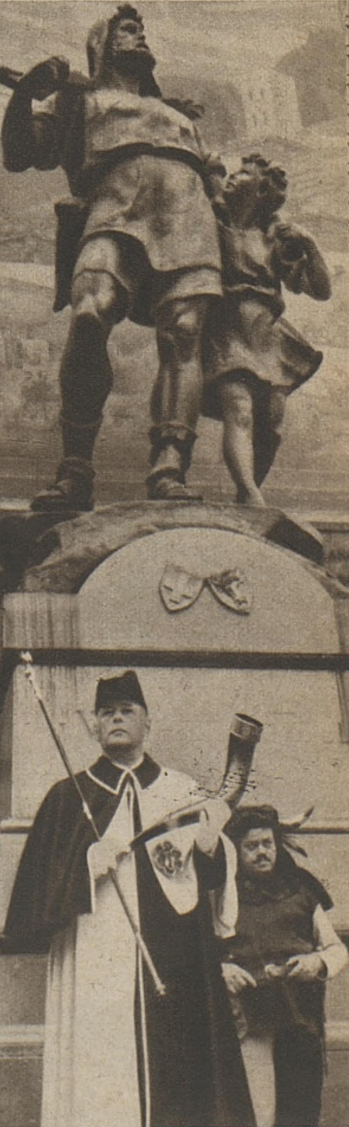 Le monument de Guillaume Tell à Altdorf en 1941, le huissier présente une trompe datant du XVe siècle, cliquer pour voir un agrandissement